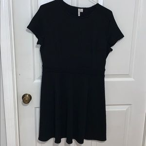 Elle Dress with pattern- size large